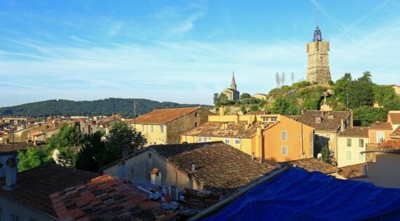 Horloge Draguignan, Crédit Photo Camille Moirenc Dracénie Provence Verdon Tourisme