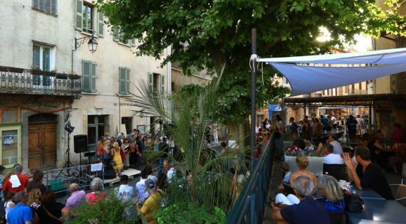 Flayosc, Crédit Photo Camille Moirenc Dracénie Provence Verdon Tourisme