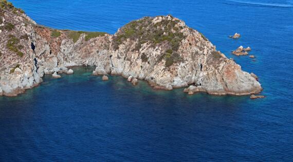 Cap Lardier Golfe de Saint Tropez Tourisme ©e.bertrand tdr