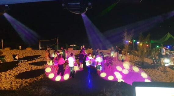 Dancefloor de plage en plein Périgord !