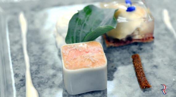 Terrine de foie gras aux huitres, du Maître Restaurateur Michel Kayser - Bienvenue à la ferme