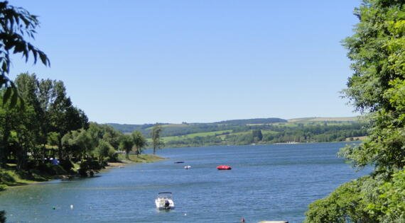 Lac de Pareloup